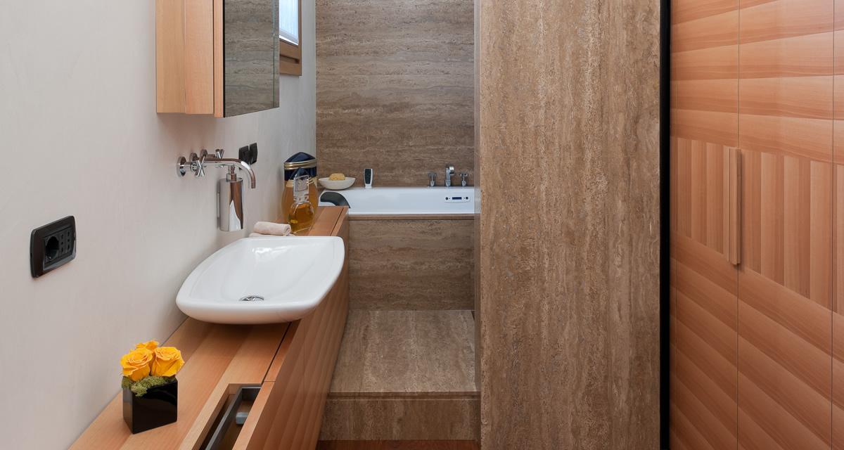 Neat progetto bagno piccolo hc86 pineglen for Bagno piccolo con vasca